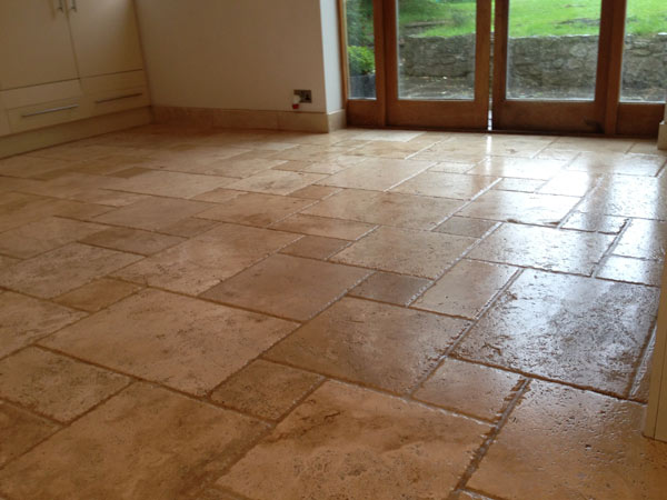 Trattamento pavimenti sassuolo carpi come trattare for Pulire parquet