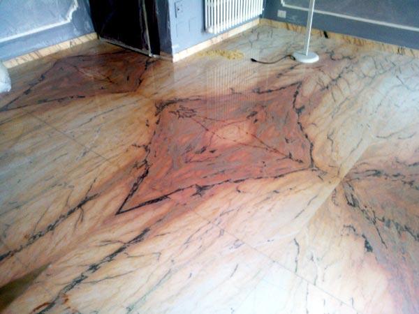 Pavimenti In Marmo : Levigatura lucidatura pavimenti marmo modena reggio emilia